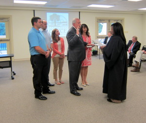 Phil Carter sworn in as new Cayce councilman