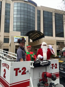 West Columbia Fire Department brings Santa to kids in hospital