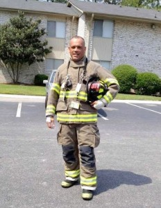 Cayce officer rescues woman from burning mobile home