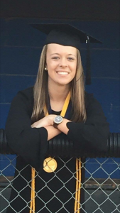 Pine Ridge Middle's Anna Wilbourne is Student Teacher-of-the-Year
