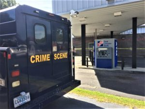 Lexington County Deputies respond to bank robbery on Sunset Boulevard