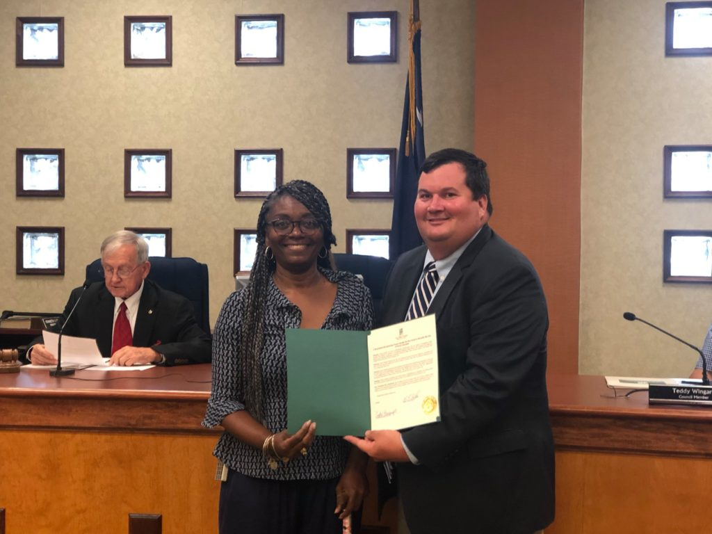 Ms. Tracey Sandle recognized for her efforts to beautify West Columbia