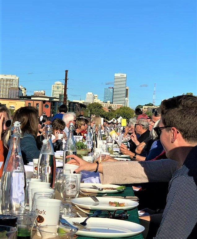 Gervais Street Bridge Dinner held in perfect weather