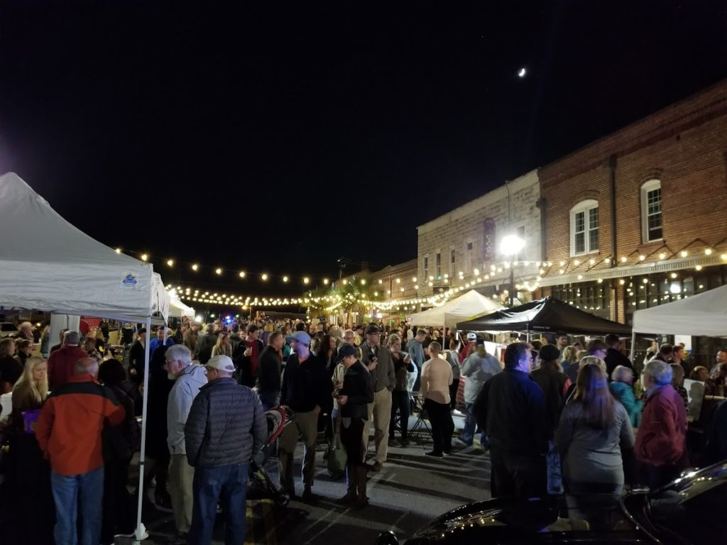 Large crowd comes out for West Columbia Fall Back Fest