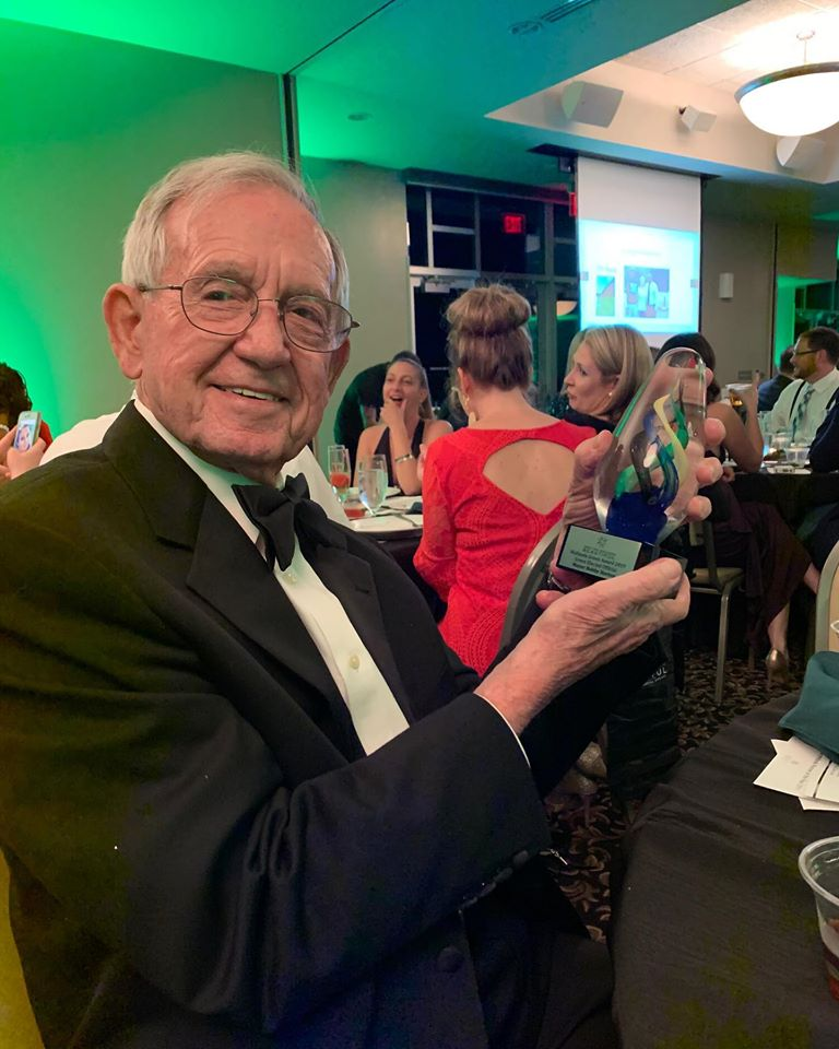 Bobby Horton receives award from Keep America – and Midlands- Beautiful
