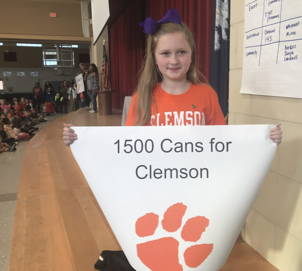 Cayce Elementary 4th-grader  Mackenna Maddox collects 1,510 cans for food drive