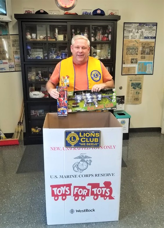 Cayce-West Columbia Lions collect Toys for Tots, seeking volunteers