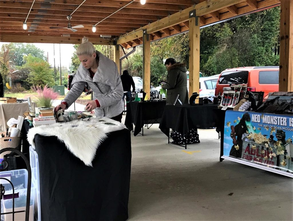 West Columbia's Meeting Street Artisan Market Last Market of the Season