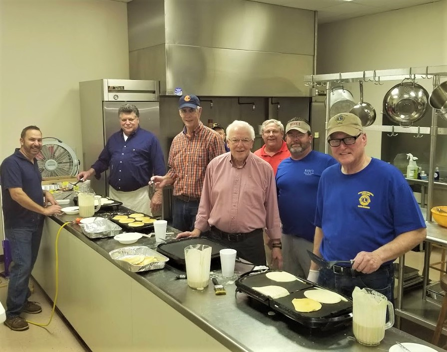 Cayce-West Columbia Lions serve pancakes to 300