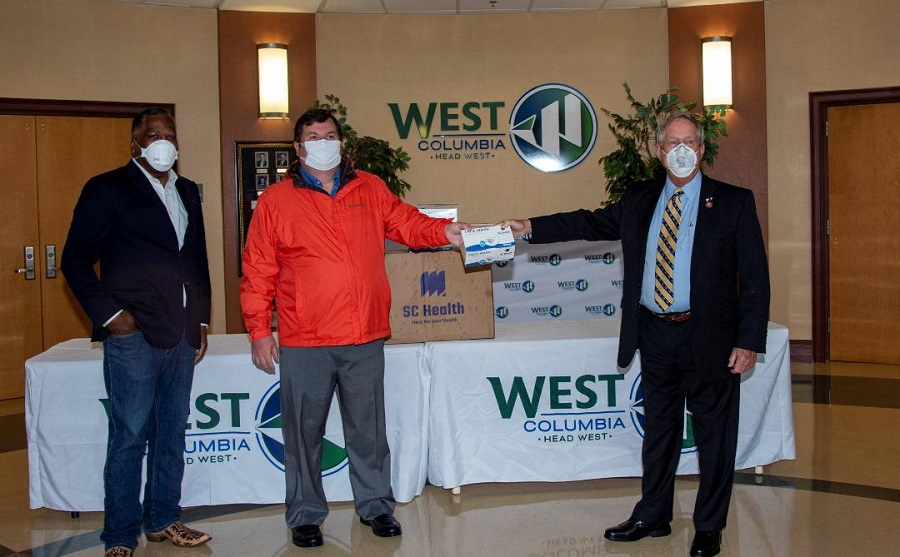 City of West Columbia hosts mask pickup at city hall