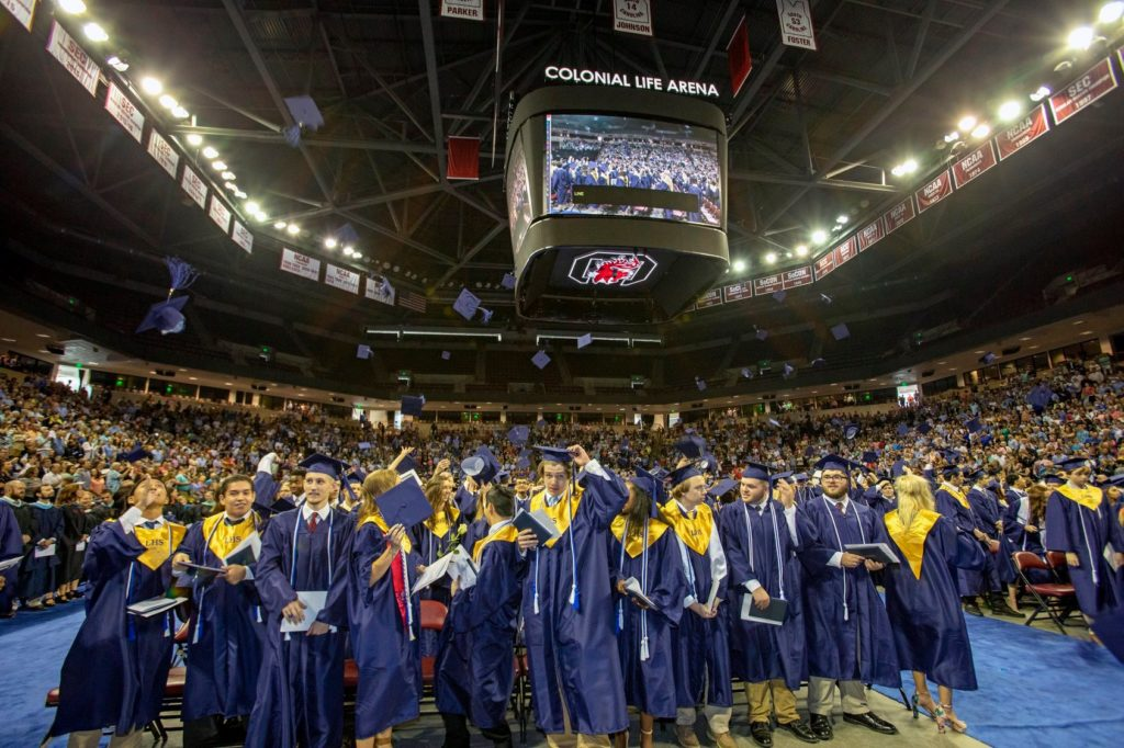 Lexington 1 to hold on-campus graduation ceremonies